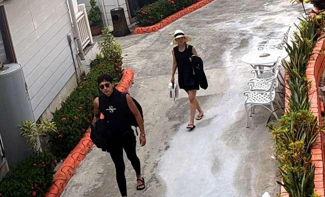 Vợ chồng Kim Tae Hee đi lặn ở quốc đảo thiên đường