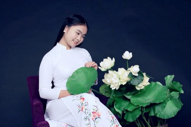 Thay lời muốn nói tháng 11: Hoa trong lòng