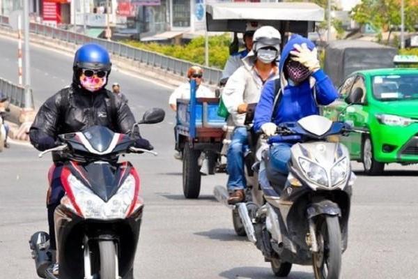 Nắng nóng, chỉ số tia UV ở Hà Nội, TP.HCM rất cao, nguy cơ gây hại cơ thể