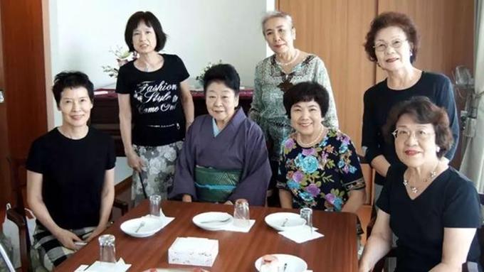 Cuộc sống thú vị của 7 bà cụ độc thân người Nhật