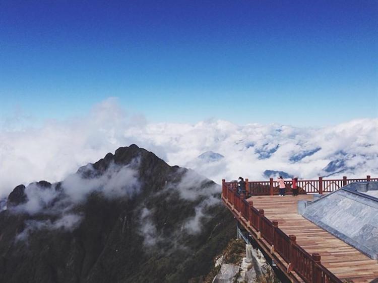 """Chinh phục đỉnh Fansipan – ngỡ ngàng vẻ đẹp của """"Thành phố trên mây"""""""