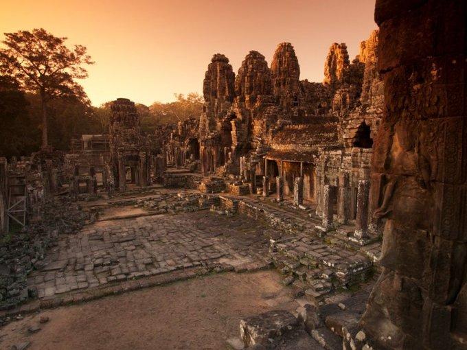 Chiêm ngưỡng vẻ đẹp cổ kính, huyền bí của Angkor Wat