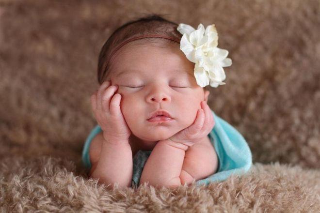 Những tác động tiêu cực lên bé gái ngay từ khi trong thai