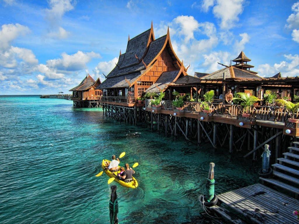 Những tiết lộ bất ngờ về xứ sở vạn đảo Indonesia