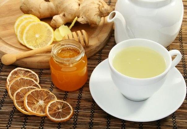 Hai bài thuốc tốt cho nữ giới từ mật ong và gừng