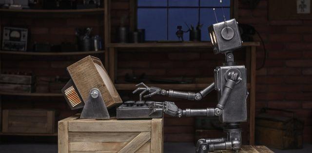 Nhà báo con người có thể nhờ cậy vào nhà báo robot hay không?