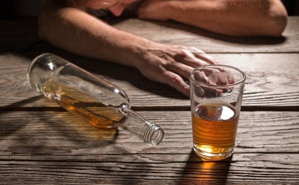 Giải mã hiện tượng mất trí nhớ tạm thời khi say rượu