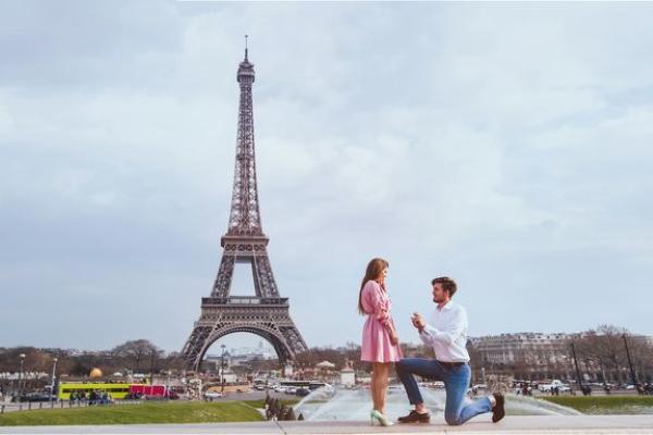 Cơ hội đi khắp châu Âu khám phá những điểm cầu hôn lãng mạn