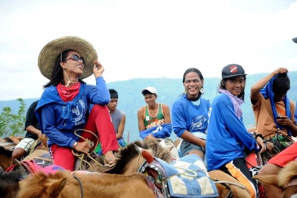 Cưỡi ngựa lên non xem… núi lửa