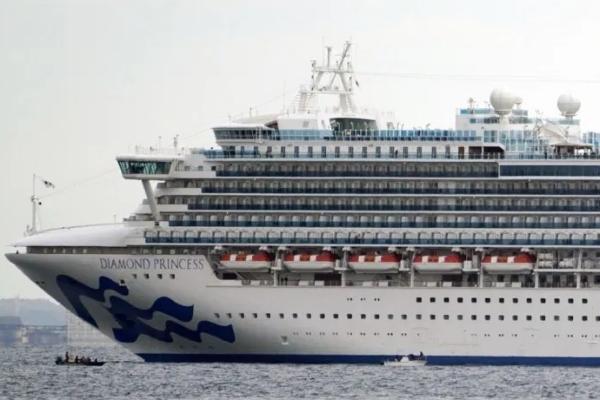 Thêm 10 người nhiễm virus corona nCoV trên du thuyền 5 sao