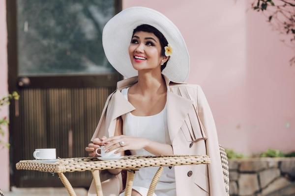 Người yêu của Hoa hậu H'Hen Niê là ai?