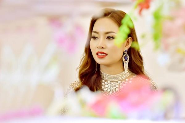 Nữ hoàng Doanh nhân quốc tế Nga Phan luôn mơ về Việt Nam
