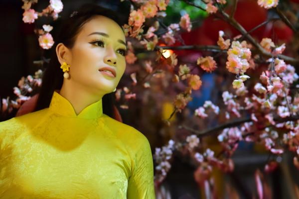 Hoa khôi Bích Ngọc: Mẫu phụ nữ hiện đại của thế kỷ 21