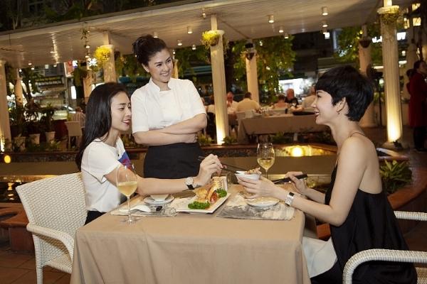 Kim Thư trổ tài đầu bếp cho Ngô Thanh Vân