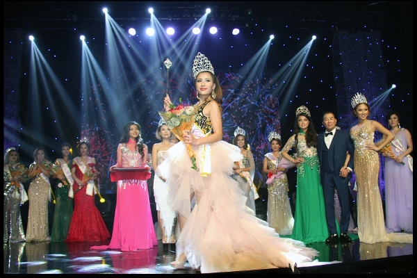 Ngân Ngô đăng quang Hoa hậu Việt Nam toàn cầu 2019