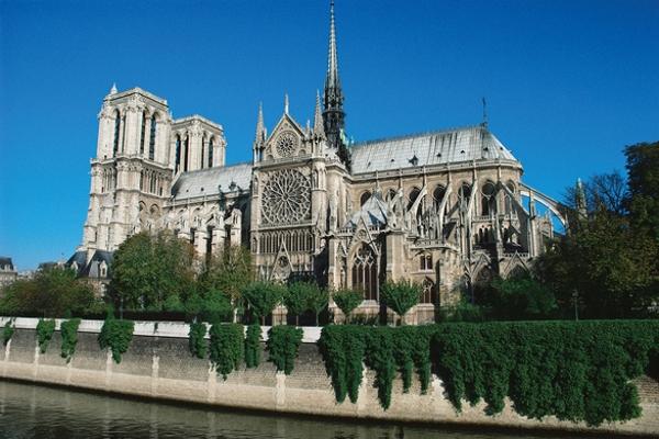 Nét độc đáo của Nhà thờ Đức Bà Paris sau hơn 850 năm