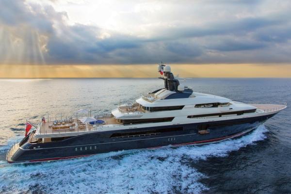 Siêu du thuyền hàng trăm triệu đôđược rao bán lại