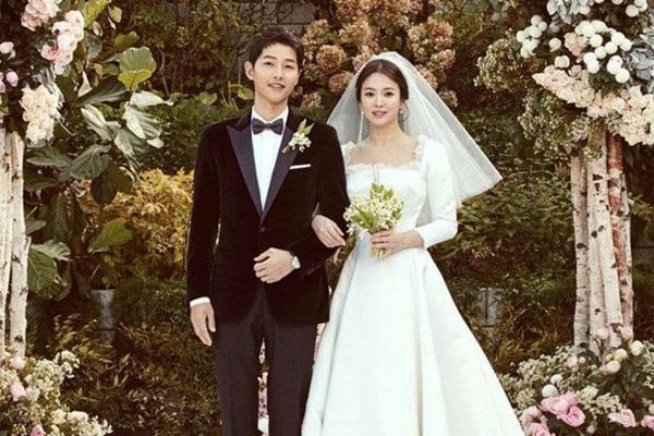 Những cặp phim giả tình thật đẹp nhất màn ảnh xứ Kim chi
