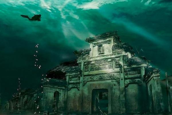 Kỳ bí thành phố 1.300 tuổi dưới đáy hồ