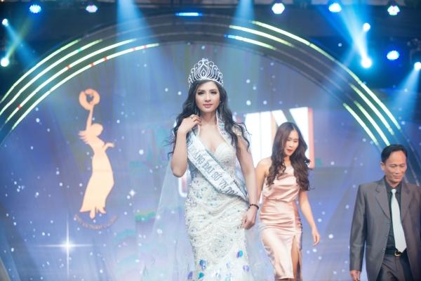 Thái Nhã Vân được vinh danh Nữ hoàng đại sứ Việt Nam toàn cầu