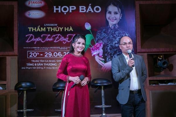 Thẩm Thúy Hà bán xe, bán đất làm liveshow