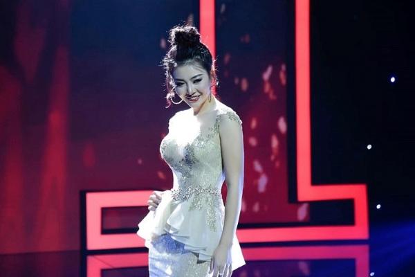 'Lan cave' lấn sân gameshow… ca hát