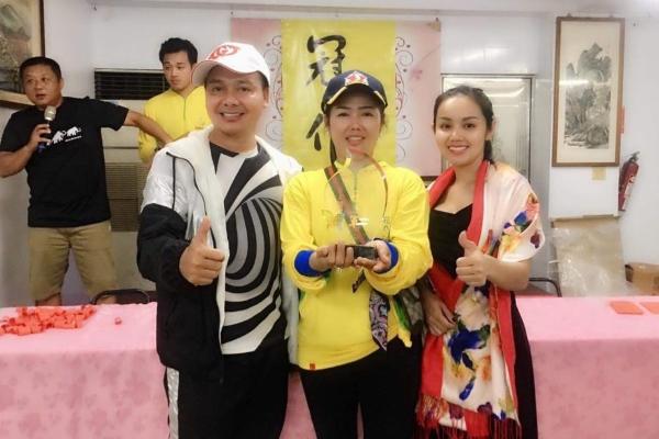 Helen Thuý Lê đoạt quán quân cuộc thi câu cá ở Đài Loan