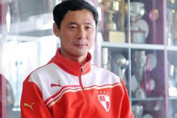 HLV Kim Han-yoon dẫn dắt tuyển U22 Việt Nam