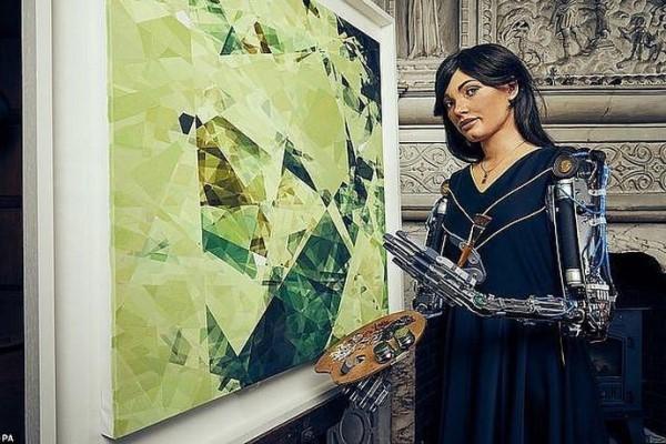 Họa sĩ robot sắp tổ chức triển lãm nghệ thuật đầu tiên