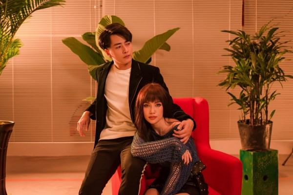 Sĩ Thanh vào vai người thứ ba trong MV mới