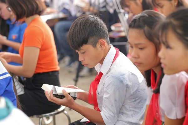 Hành trình từ trái tim đến với các em nhỏ tại bản Sìn Suối Hồ, Lai Châu