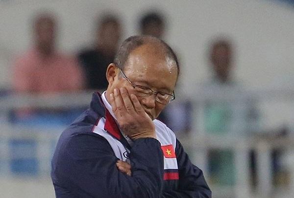 Câu chuyện bóng đá: Thày Park Hang-seo không... ngủ gật