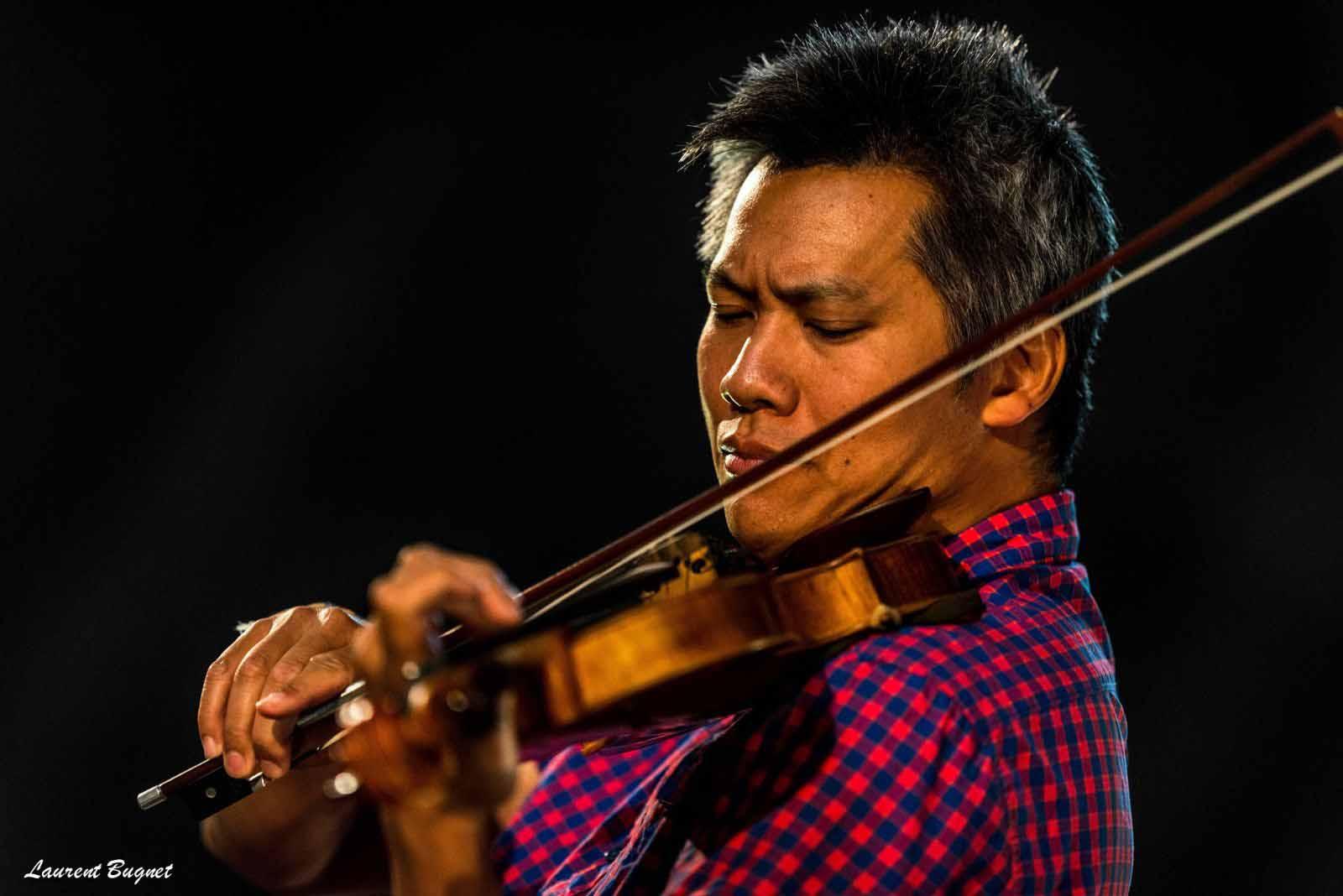 Nghệ sĩ Violin Phạm Vinh có dịp về nước biểu diễn trong đêm nhạc này