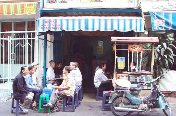 Thưởng thức cà phê vợt đúng điệu ở quán Cheo Leo