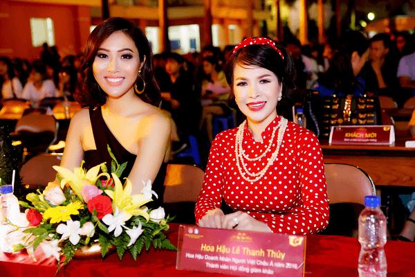 Hoa hậu Lê Thanh Thúy hóa 'Cô Ba Sài Gòn' chấm thi nhan sắc