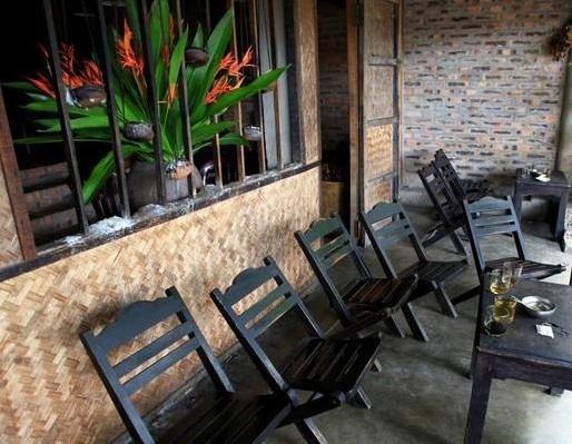 Về cố đô Huế, ghé quán Chiều uống cà phê