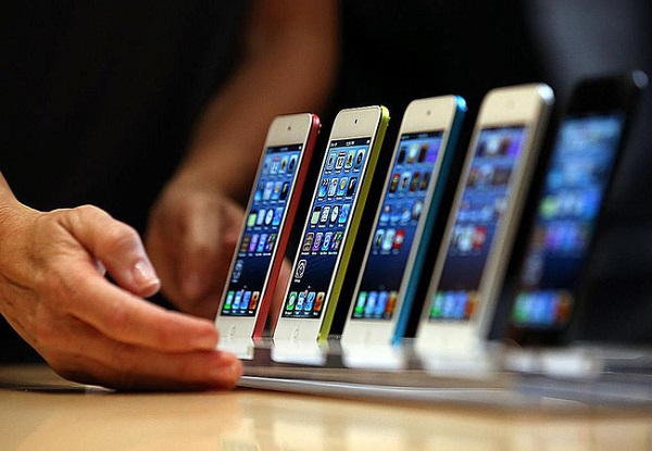 'Phát hờn' khi chứng kiến hiệu suất iPhone với một viên pin mới