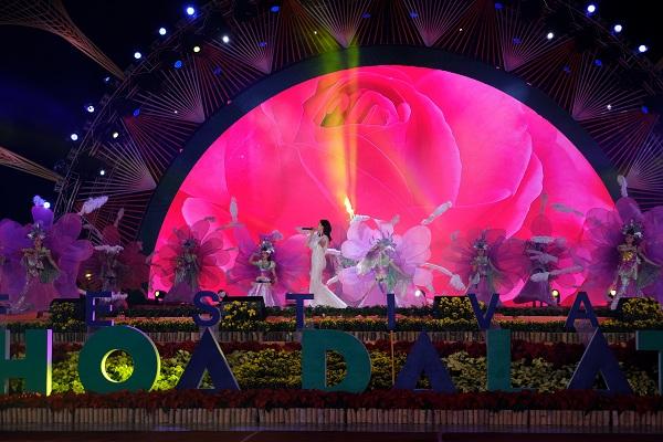 Tưng bừng khai mạc Lễ hội hoa Đà Lạt VII - 2017
