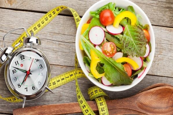 Hiểu rõ hơn về những phương pháp ăn kiêng đang được ưa chuộng: Intermittent Fasting (Phần 1)