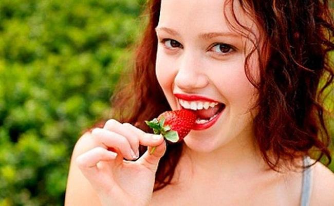 Bí kíp giúp hàm răng trắng, nụ cười tỏa nắng